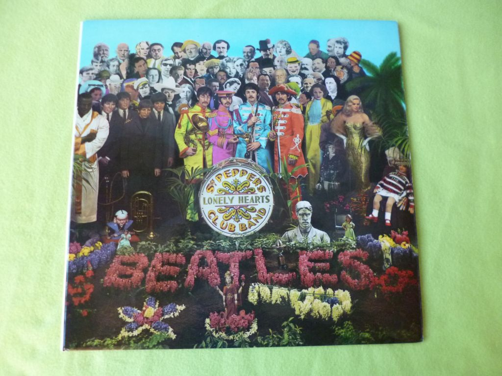 The Beatles Quot Sgt Pepper S Lonely Hearts Club Band